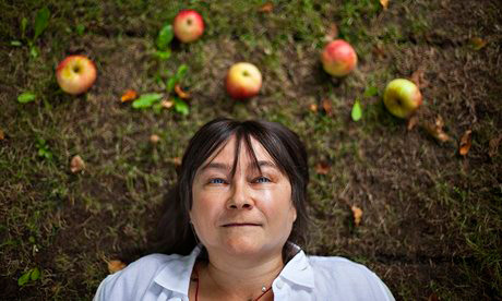 Ali Smith, nur ein Abbild © Atonio Olmos / The Guardian