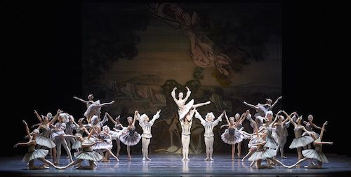 """Raymonda"", Keyfoto © Wiener Staatsballett / Ashley Taylor"