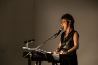 Songwriting, singing, playing piano: Akemi Takeya. © Karolina Miernik
